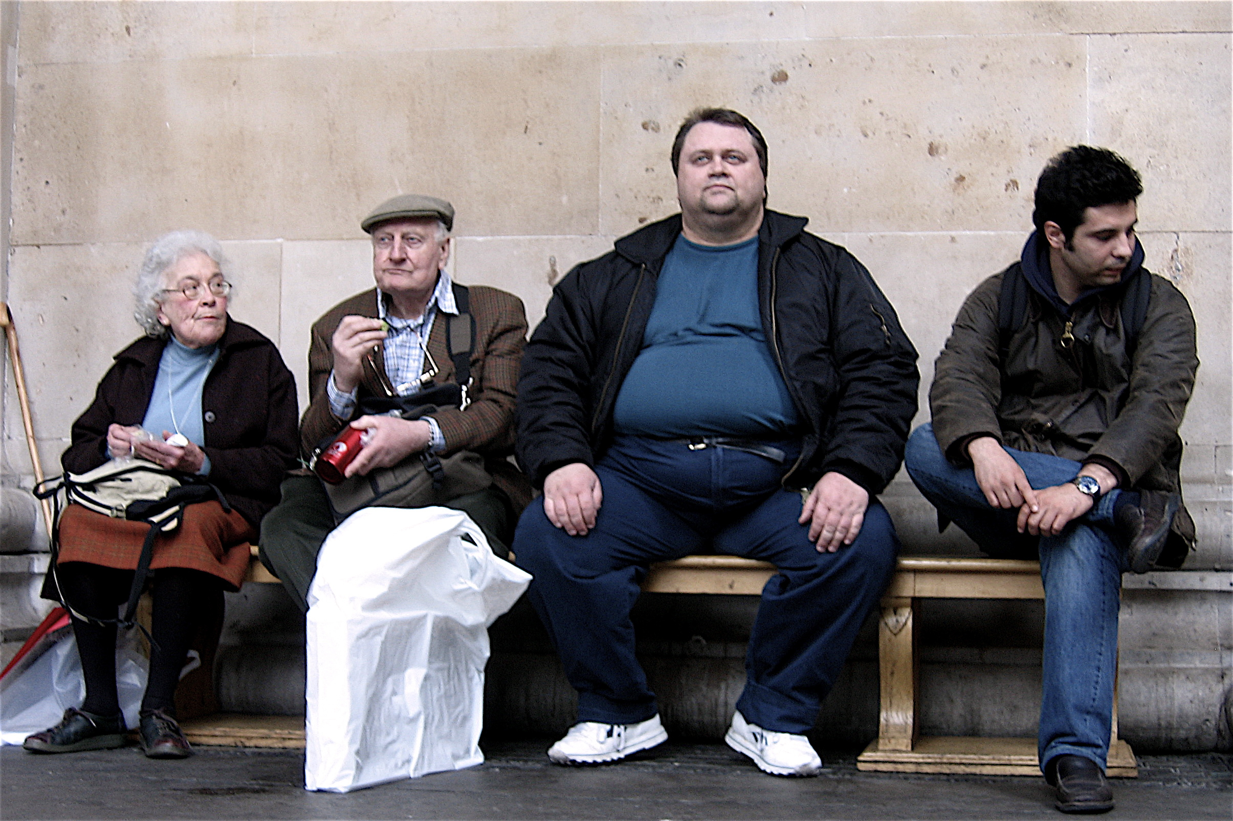 2006-03-25 - United Kingdom - England - London - British Museum - Four People - Old Couple - Fat Man